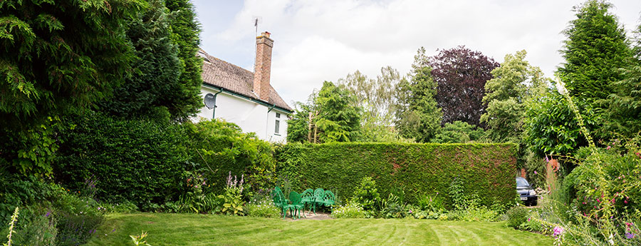 Oglee Guesthouse, Lincoln guest garden